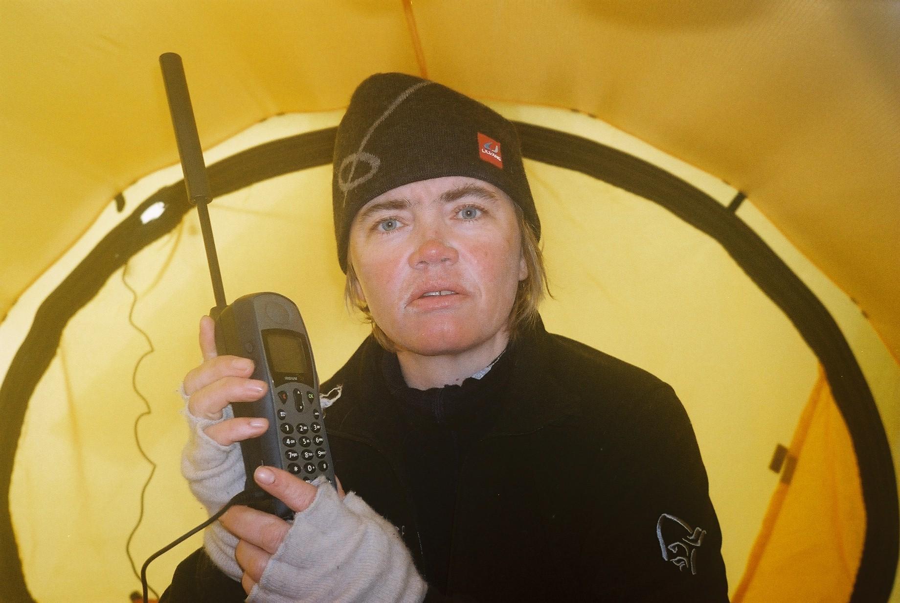 satelittelefon fra Antarktis